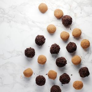 Φτιάξε τρουφάκια σοκολάτας με την τεχνική του sous vide
