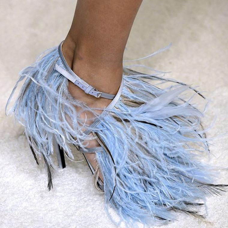«Βήμα» στα πιο hot παπούτσια της εβδομάδας μόδας του Παρισιού