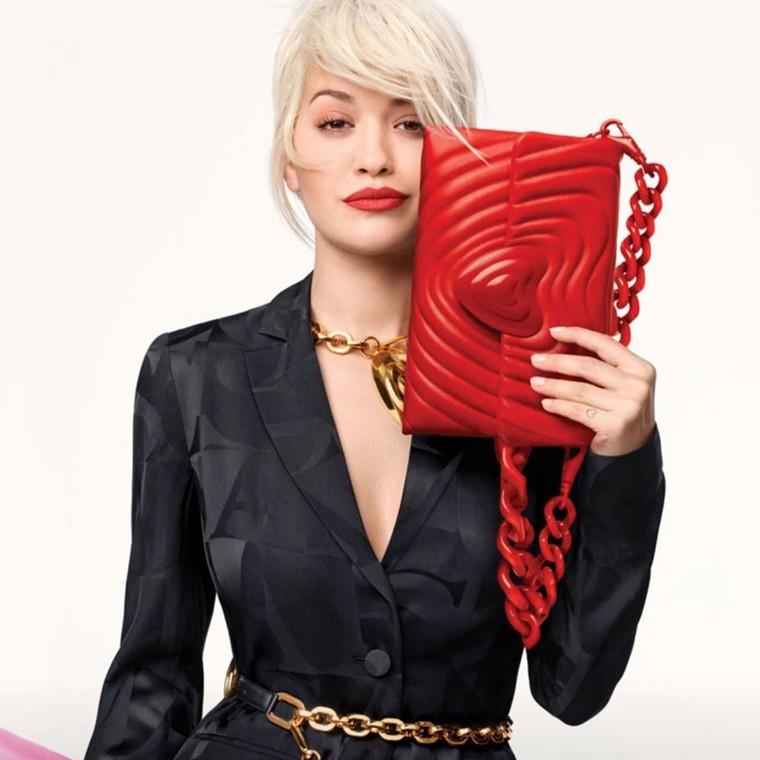 Heart Bag: η νέα συλλογή της Rita Ora από τον οίκο Escada