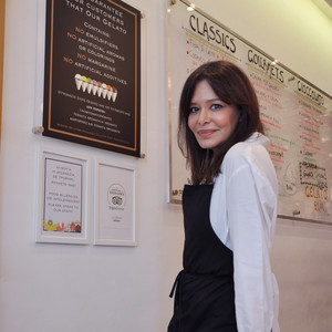 Εύη Παπαδοπούλου: Η ιστορία της γυναίκας όπου το «παγωτό» έμελλε να της αλλάξει όλη τη ζωή!