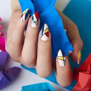 Τα καλύτερα gel manicure trends για το καλοκαίρι που έρχεται