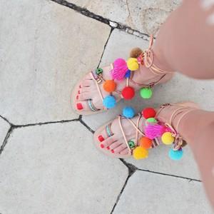 Τα πιο trendy χειροποίητα σανδάλια γι' αυτό το καλοκαίρι