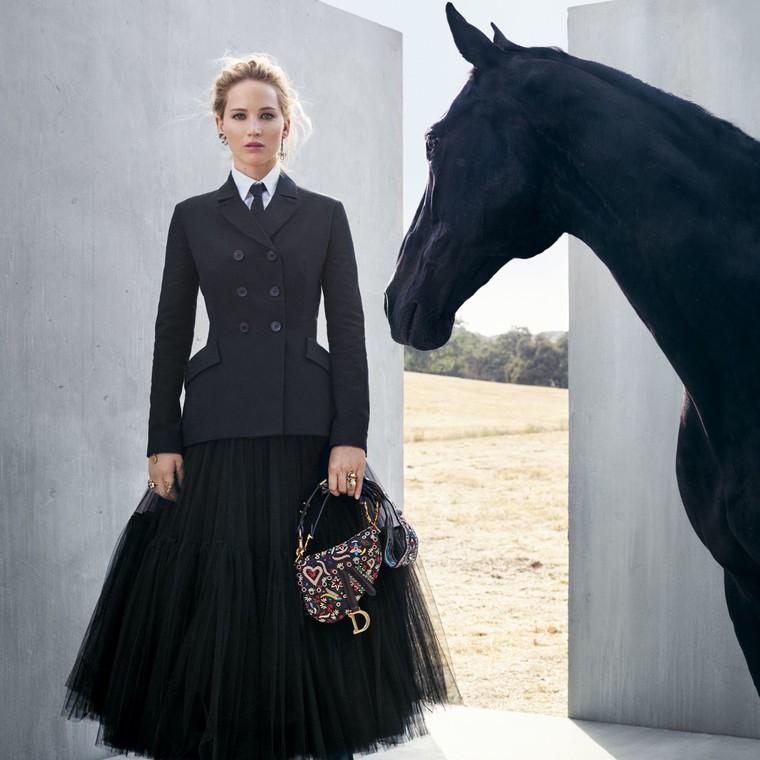 H νέα φθινοπωρινή συλλογή του οίκου Dior με πρωταγωνίστρια την Jennifer Lawrence