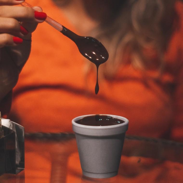 Τα ωραιότερα σχέδια που μπορείς να κάνεις με λιωμένη σοκολάτα