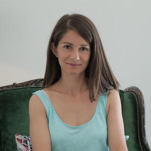 Στέλλα Κάσδαγλη:«Όλες οι γυναίκες σήμερα έχουν όνειρα και ανάγκες από την επαγγελματική τους ζωή»