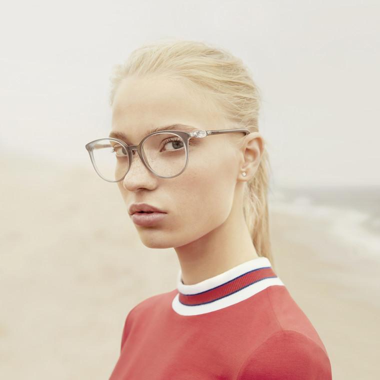 H νέα συλλογή γυαλιών της Swarovski