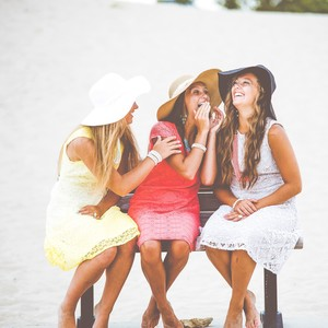 5 λόγοι για τους οποίους πρέπει να τερματίσεις μια φιλία εδώ και τώρα