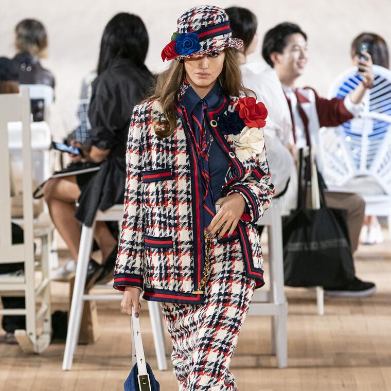 Αυτά είναι τα look του Marc Jacobs που μας ενθουσίασαν στην NYFW για την άνοιξη του 2020