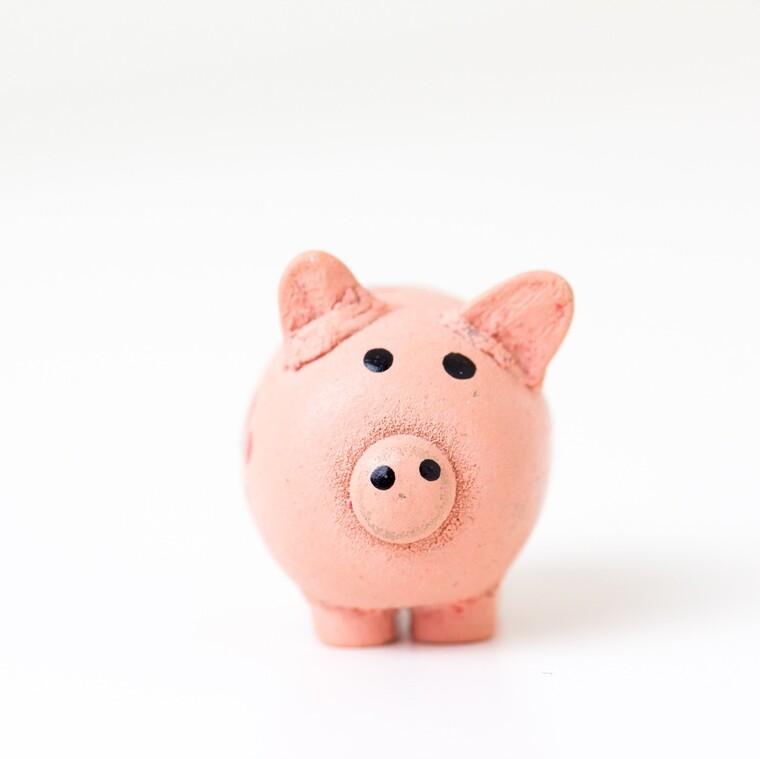 Οι 8 τρόποι να μειώσεις τα έξοδά σου και να αποταμιεύσεις χρήματα εδώ και τώρα