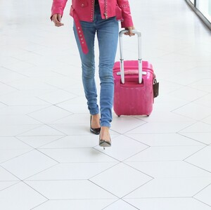 Αυτά τα beauty tips θα σε κάνουν να δεις με άλλο μάτι την επόμενη πτήση σου