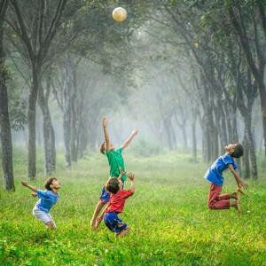 Έρευνα:Η παιδική ηλικία κοντά στην φύση σε μετατρέπει σ' έναν υγιή ενήλικα