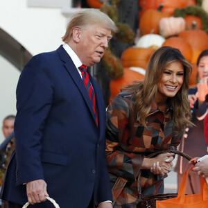 Δες πόσο εντυπωσιακά γιόρτασε το Halloween το Προεδρικό ζεύγος στο Λευκό Οίκο