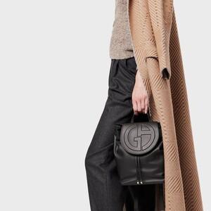 Offers: 10+1 μαύρες backpack τσάντες που θέλουμε ν' αγοράσουμε το 10ήμερο των εκπτώσεων