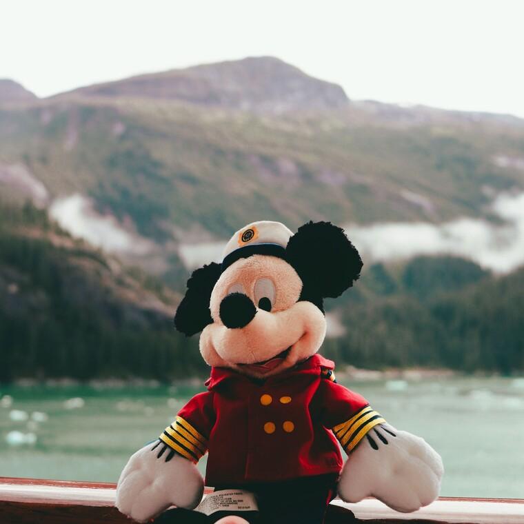 Mickey Mouse: 8 πράγματα που δεν γνωρίζεις για τον αγαπημένο ήρωα των παιδικών μας χρόνων