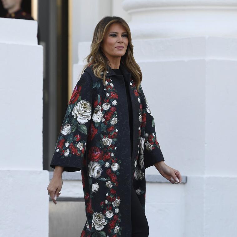 Η Melania Trump ξεκίνησε τον χριστουγεννιάτικο στολισμό στον Λευκό Οίκο