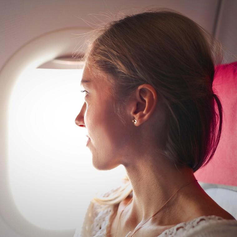 4 τρόποι που θα σε βοηθήσουν να διώξεις τους φόβους σου για το αεροπλάνο