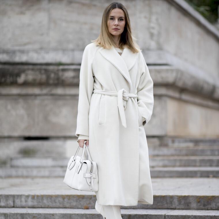 Winter white: Αυτά τα πανωφόρια θα σε πείσουν να τολμήσεις το λευκό τον χειμώνα