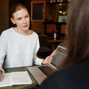 Τι πρέπει να φορέσεις στο πρώτο interview για δουλειά