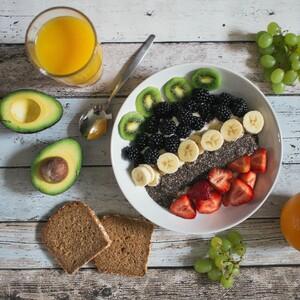 Τα φρούτα και τα λαχανικά μειώνουν τον κίνδυνο εγκεφαλικού