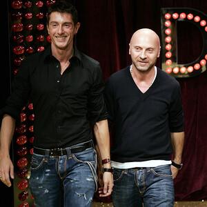 Οι Dolce & Gabbana στέκονται δίπλα στην ιταλική έρευνα για τον κορονοϊό