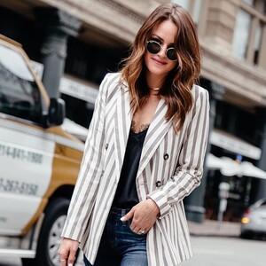 5+1 προτάσεις για να φορέσεις σωστά το καλοκαιρινό σου σακάκι
