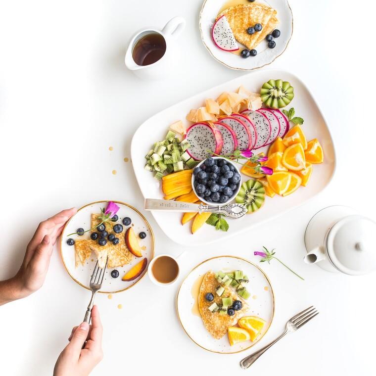 10 tips για να διατηρήσεις το βάρος σου μένοντας στο σπίτι