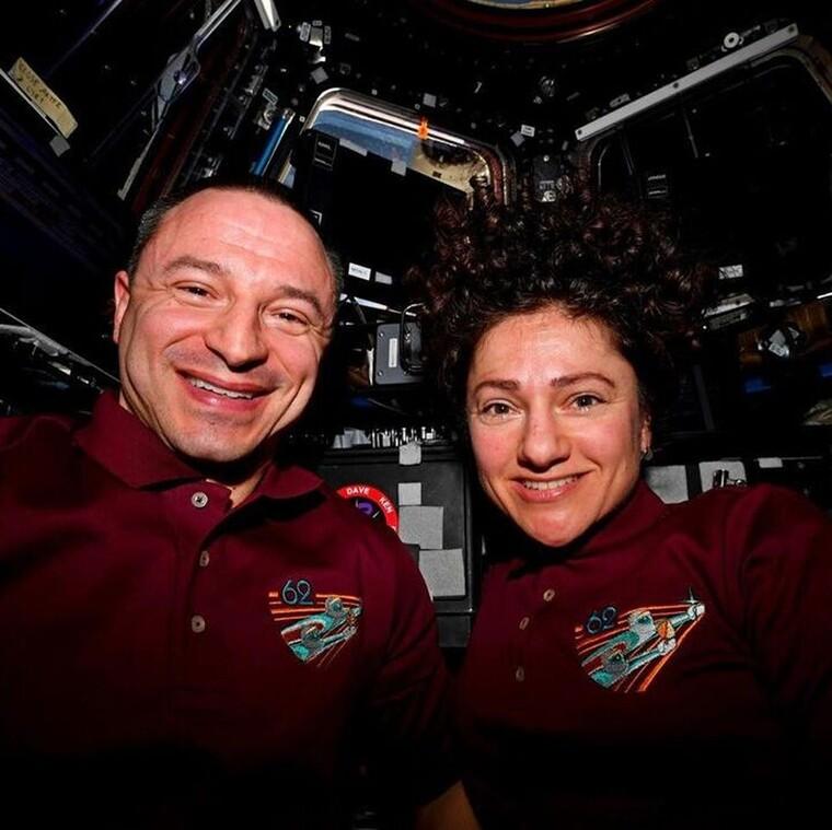 Ακόμη και οι αστροναύτες στέκονται δίπλα στους γιατρούς που μάχονται με τον COVID-19