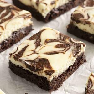 Το τέλειο cheesecake brownies που δοκίμασες ποτέ (video)