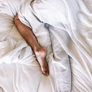 Πώς θα απαλλαγείς από την αϋπνία που απέκτησες εν μέσω καραντίνας