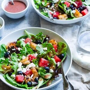 Εν μέσω του lockdown οι άνθρωποι τρώνε πιο υγιεινά, σύμφωνα με νέα έρευνα