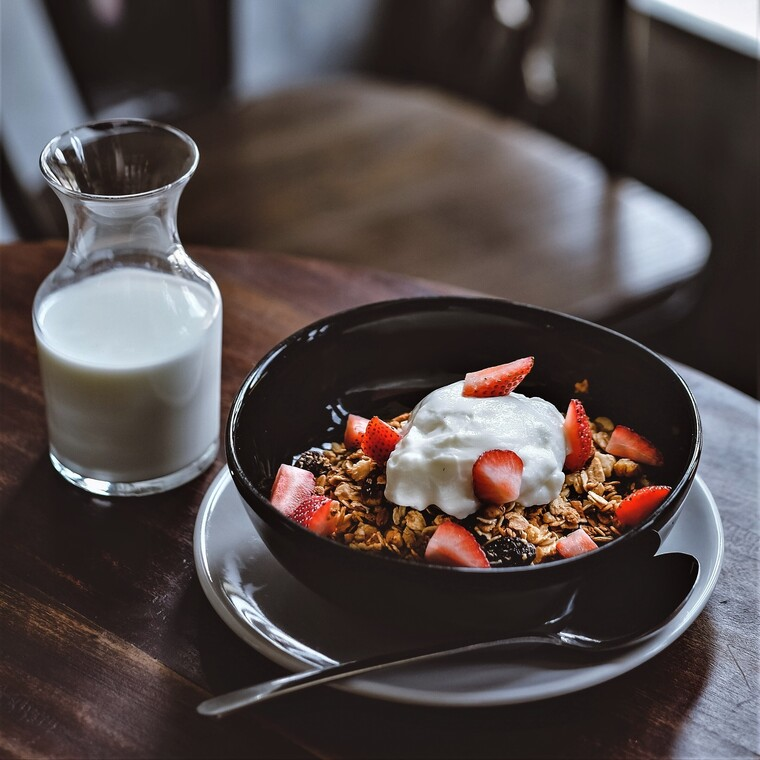 Νέα έρευνα συνδέει τα γαλακτοκομικά προϊόντα με μειωμένο κίνδυνο διαβήτη και υπέρτασης