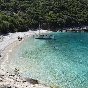 Η Ελλάδα δεύτερη «δύναμη» παγκοσμίως με καθαρές θάλασσες