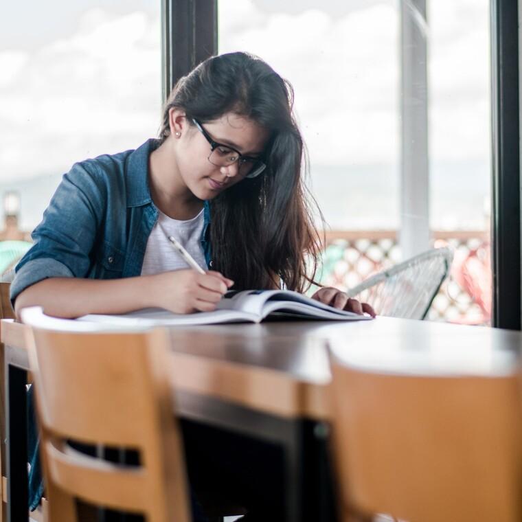 Πανελλαδικές Εξετάσεις:Πώς να ενθαρρύνεις το παιδί σου άμεσα και αποτελεσματικά