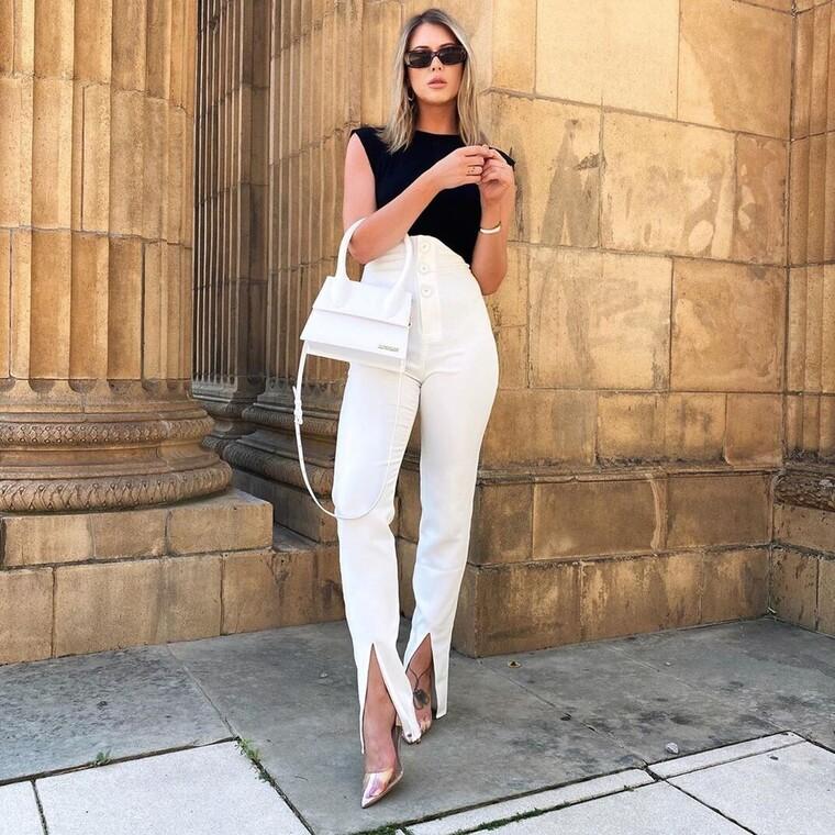 Το λευκό παντελόνι είναι από τις κυρίαρχες τάσεις αυτής της σεζόν