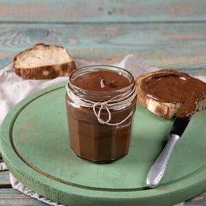 Άκης Πετρετζίκης: Πραλίνα φουντουκιού σοκολάτας