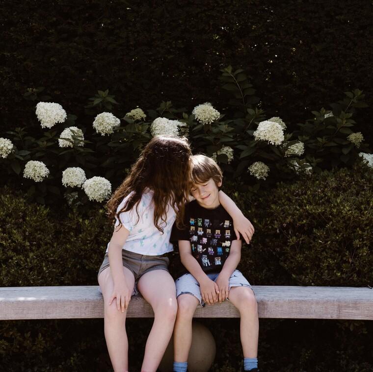 Νέες έρευνες εξετάζουν τα συμπτώματα από τον κορονοϊό που εκδηλώνονται στα παιδιά