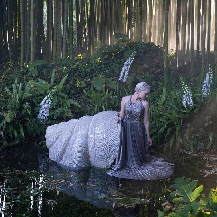 Ωδή στην ομορφιά της φύσης η νέαφθινοπωρινή haute couture συλλογή του Dior