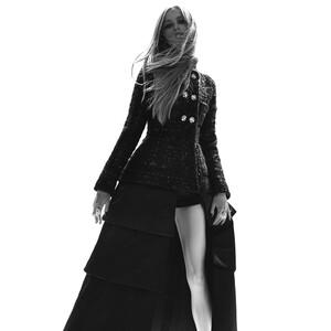 Η νέα συλλογή της Chanel αποπνέει άρωμα Karl Lagerfeld στο πέρασμά της