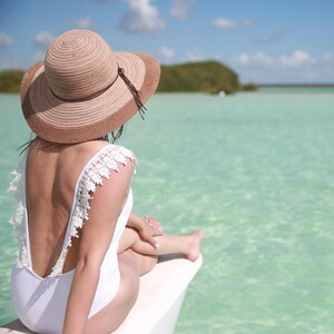 BodyShaming: Πώς θα νιώσω άνετα με το σώμα μου στην παραλία