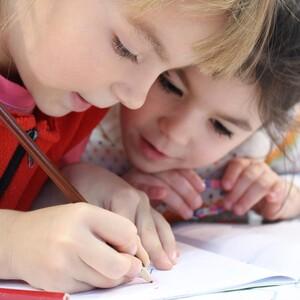 Επαναλειτουργία των σχολείων με πλήρη σύνθεση και αυξημένα μέτρα προστασίας
