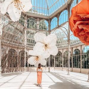 Με ολάνθιστα λουλούδια γέμισε το Palacio de Cristal στη Μαδρίτη