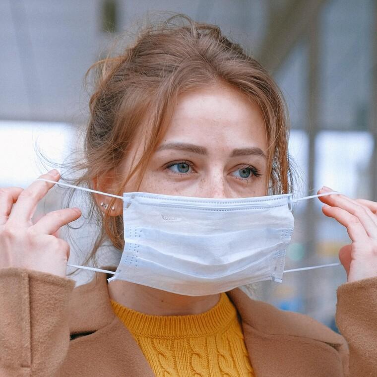 Στη Γαλλία βρήκαν τρόπο ν' ανακυκλώνουν τις προστατευτικές μάσκες