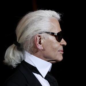 Karl Lagerfeld:Ο άνθρωπος που επανεφηύρε τον εαυτό του ως «Κάιζερ της μόδας»