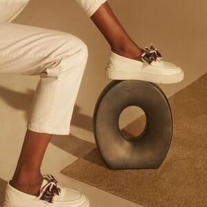 15 flat παπούτσια που μπορείς να φοράς στο γραφείο