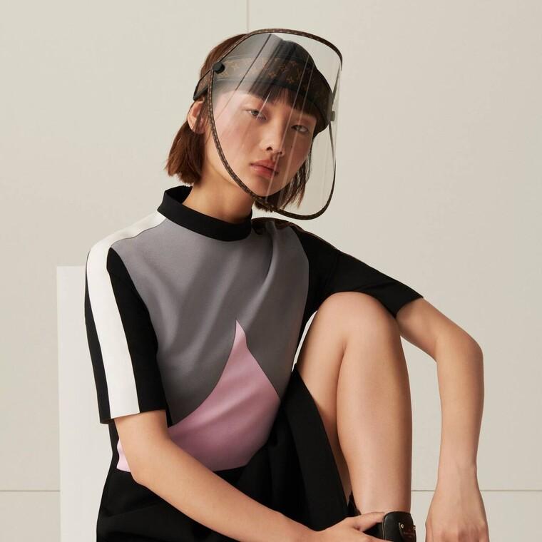 Η Louis Vuitton λανσάρει μία διαφορετική μάσκα προστασίας
