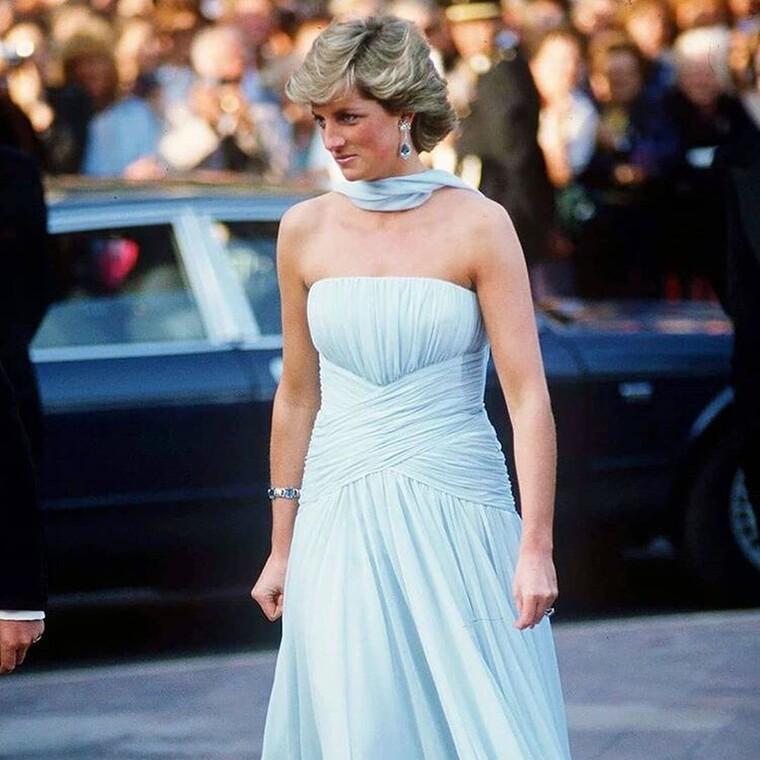 Στο φως όλοι οι στιλιστικοί κανόνες της πριγκίπισσας Νταϊάνα