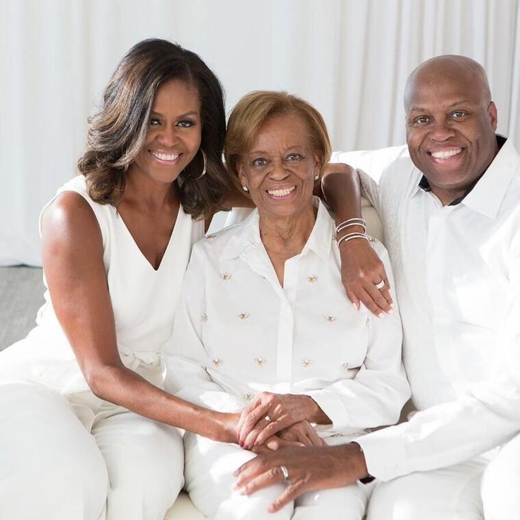 Η Μισέλ Ομπάμα αποκαλύπτει:«Έπρεπε να τα κάνω όλα 10 φορές καλύτερα γιατί ήμουν μαύρη»