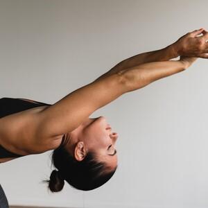 Αυτές οι κινήσεις θα σε βοηθήσουν να διώξεις το στρες από τη ζωή σου