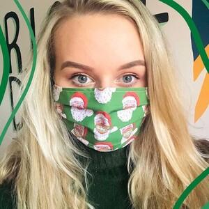 Οι πιο elegant μάσκες προστασίας με Χριστουγεννιάτικη διάθεση