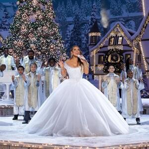 Γιατί η Mariah Carey έχει εμμονή με τα Χριστούγεννα
